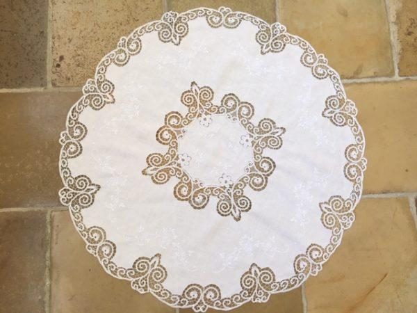 Tischdecke Spitze antik